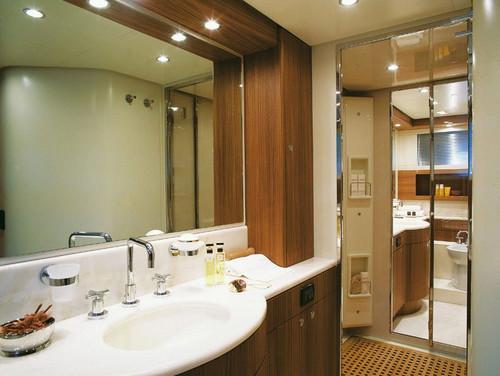 Как подобрать освещение для ванной комнаты?
