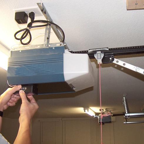 монтаж электропривода для автоматических ворот гаража