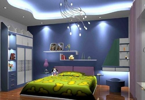 С помощью комбинаций освещения можно добиться ровного света в спальной комнате