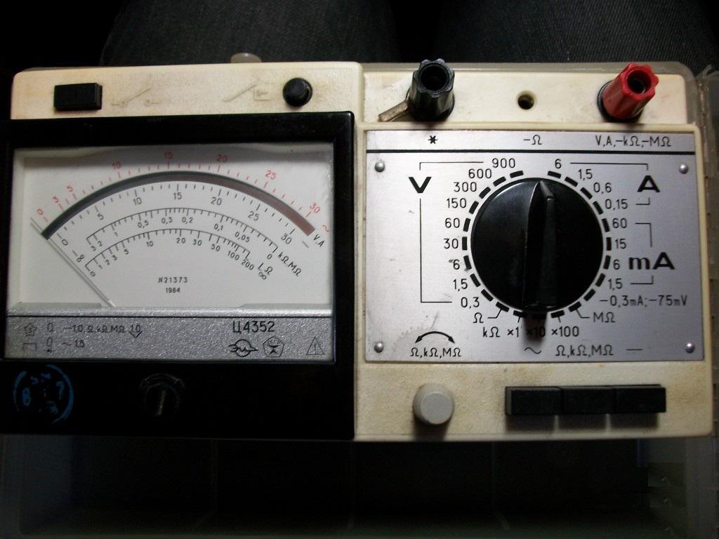 Тестер для измерения напряжения тока