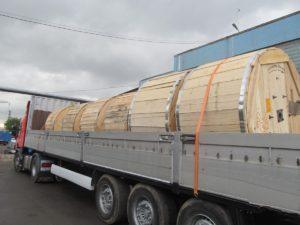 Наиболее часто кабельные барабаны перевозят грузовым транспортом
