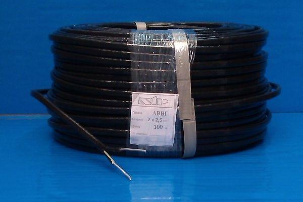 Пример хранения кабеля АВВГ в бухте с сопроводительной этикеткой