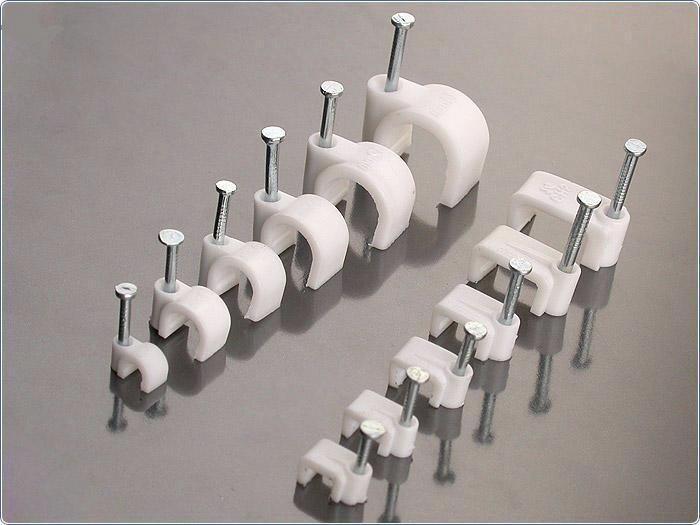 Клипсы для крепления проводов различного Ø к стенам
