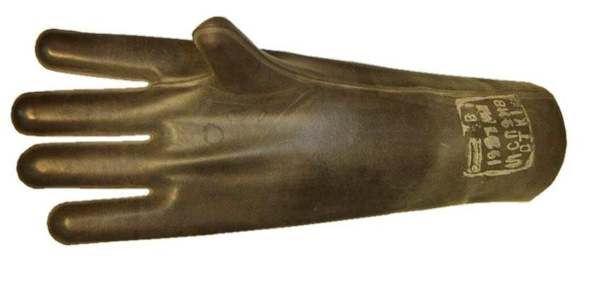 Перчатки в электрозащитном исполнении изготавливаются из специальной резины или латекса
