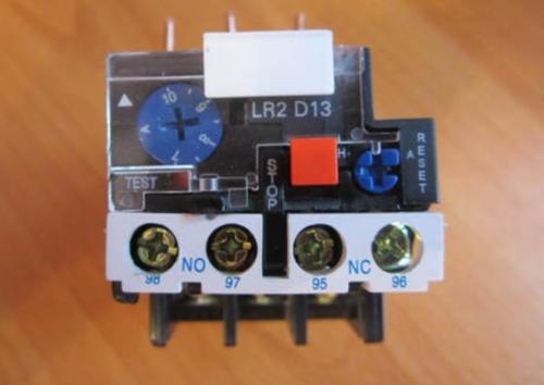 Реле тепловое LR2 D1314 производства компании «Schneider Electric» для защиты трехфазных двигателей