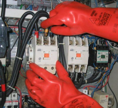 Важным условием получения 3 категории является наличие знаний о безопасных методах работы в электроустановках