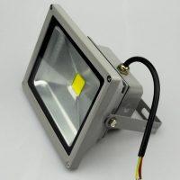 Внешний вид прожектора с матрицей залитой компаундным раствором